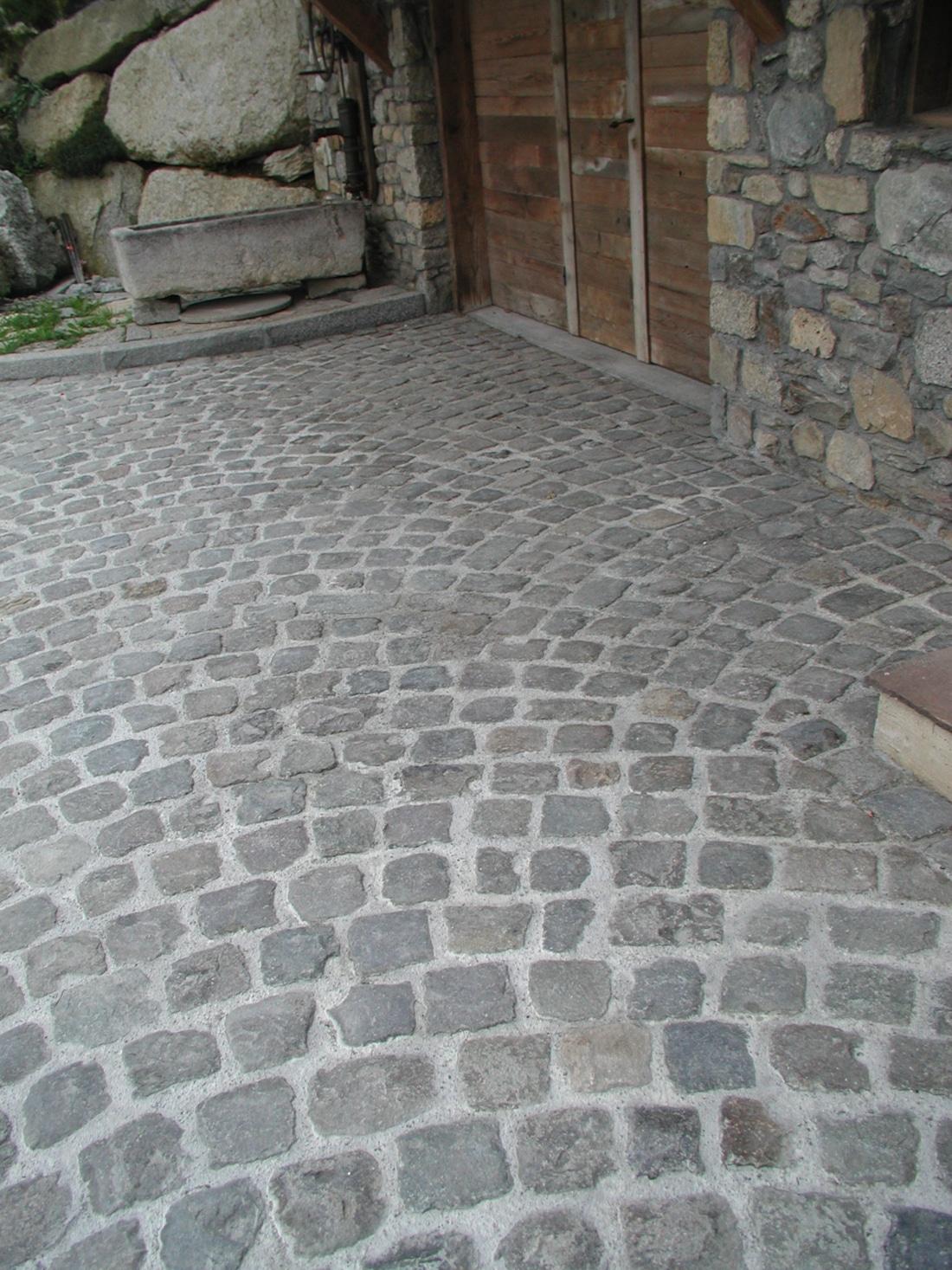 Matériaux anciens_paves_entiers_granit_Lyon