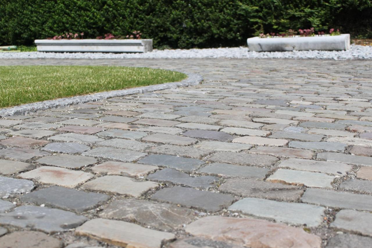 Matériaux anciens_paves_entiers_granit_Versailles
