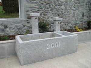 Fontaine en granit gris Alto Douro