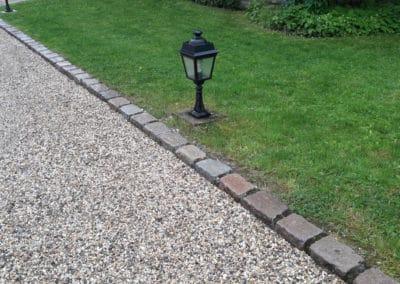 Bordure pavée en granit de Paris