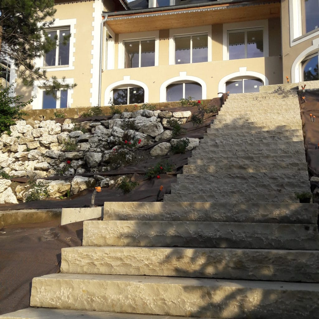 paves_gres_dorient_chateau_tresserve2
