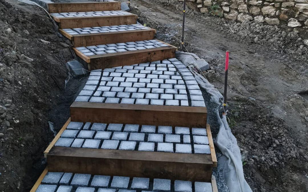 Escalier paysager en granit en 4 étapes