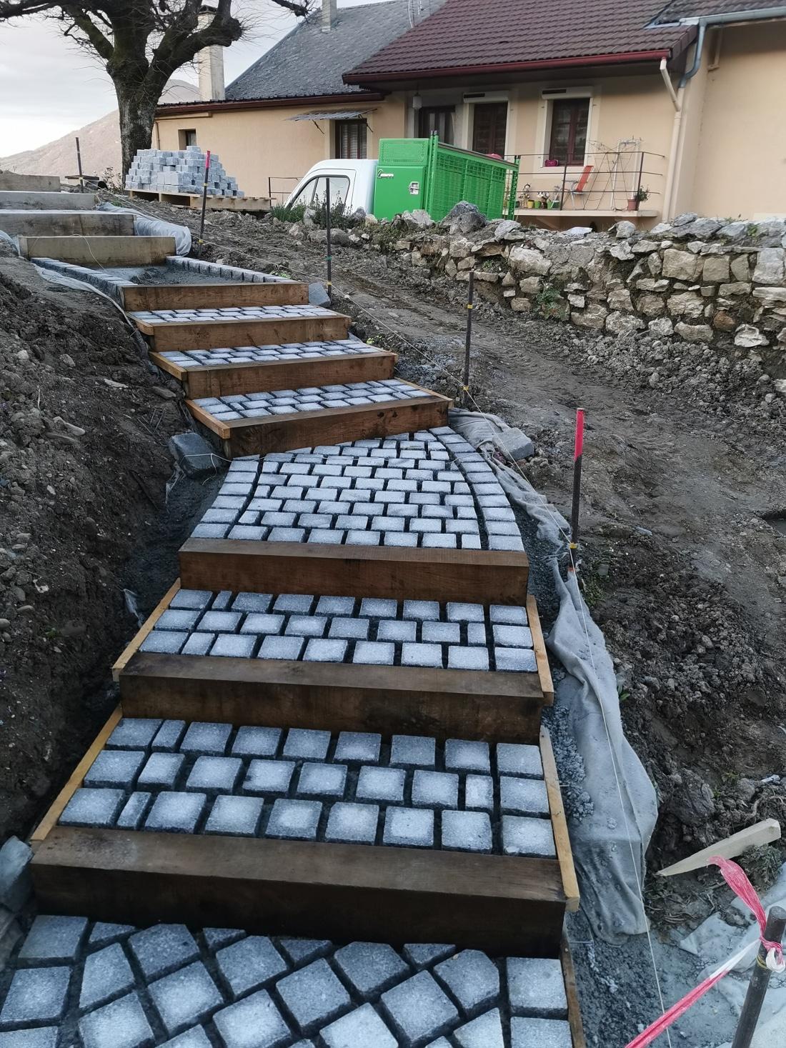 Escalier paysager granit