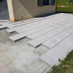 Pose de dalles en granit terrasse