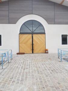 entrée centre équestre pavés de paris